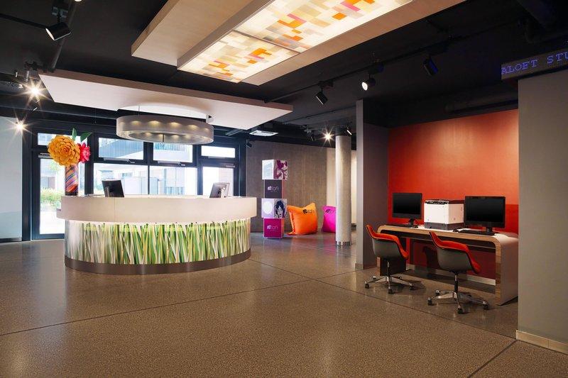 Aloft Stuttgart-Front Desk<br/>Image from Leonardo