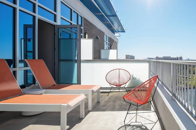 Aloft Tampa Downtown-Ultra Savvy King Suite Balcony<br/>Image from Leonardo
