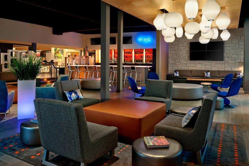 Aloft Calgary University-W XYZ® Bar<br/>Image from Leonardo