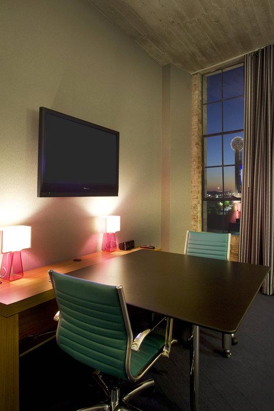 Aloft Dallas Downtown-Guest Room Work Desk<br/>Image from Leonardo