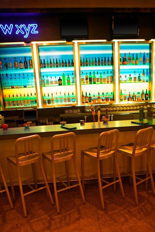 Aloft Minneapolis-W xyz Bar<br/>Image from Leonardo