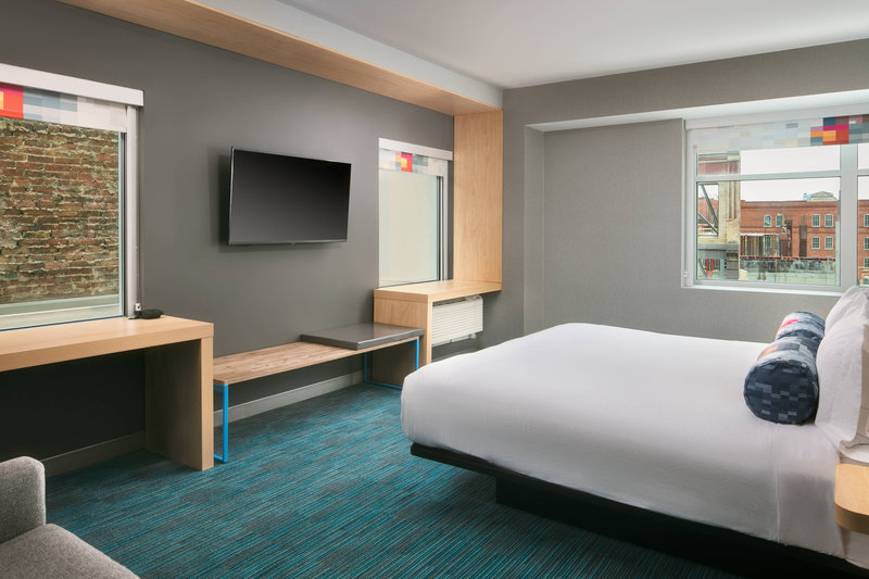 Aloft Louisville Downtown-King Corner Guest Room<br/>Image from Leonardo