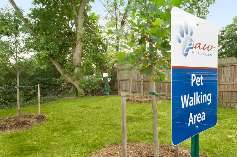 Candlewood Suites Alexandria - Fort Belvoir-Take your pet for a walk at our Pet Walking Area<br/>Image from Leonardo