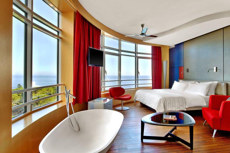Le Meridien Beach Plaza-Design Suite<br/>Image from Leonardo