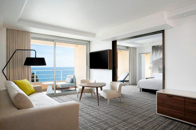 Le Meridien Beach Plaza-Suite - Living Room<br/>Image from Leonardo