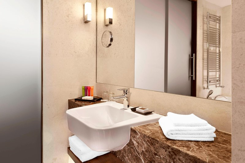 Metropol Palace Belgrade; a Luxury Collection Hotel-Bathroom<br/>Image from Leonardo