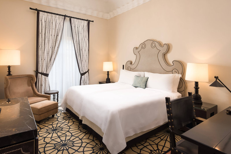 Hotel Alfonso XIII; a Luxury Collection Hotel Seville-Deluxe Double Guest Room<br/>Image from Leonardo