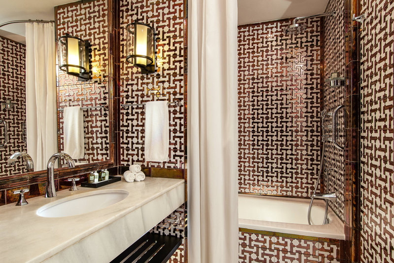 Hotel Alfonso XIII; a Luxury Collection Hotel Seville-Deluxe Queen Bathroom<br/>Image from Leonardo