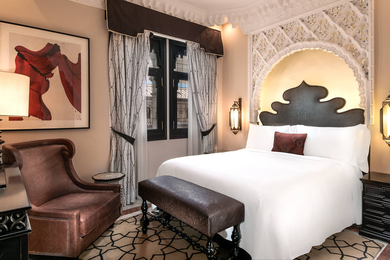 Hotel Alfonso XIII; a Luxury Collection Hotel Seville-Deluxe Single Guest Room<br/>Image from Leonardo