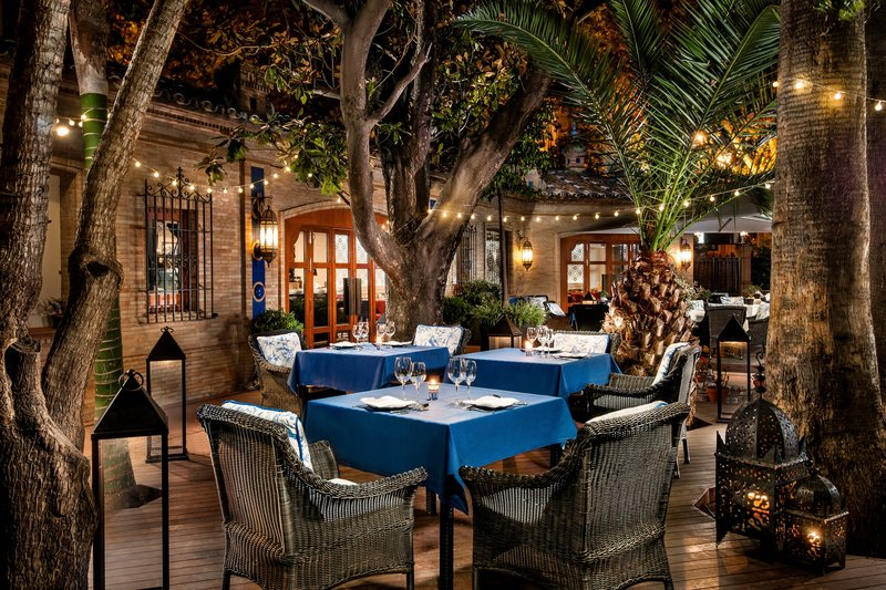 Hotel Alfonso XIII; a Luxury Collection Hotel Seville-Pool Restaurant<br/>Image from Leonardo