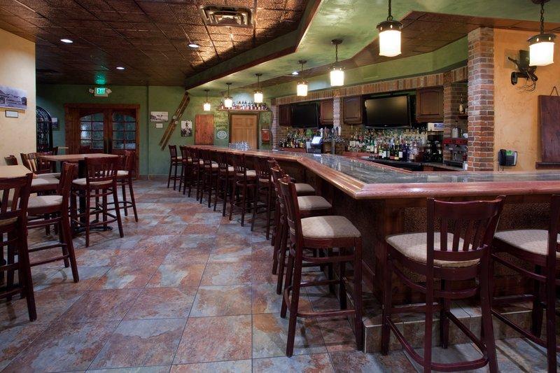 Holiday Inn Steamboat Springs-Sports Bar Rex's American Grill & Bar<br/>Image from Leonardo