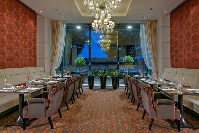 Grand Hotel River Park; a Luxury Collection Hotel-Riverbank Restaurant<br/>Image from Leonardo