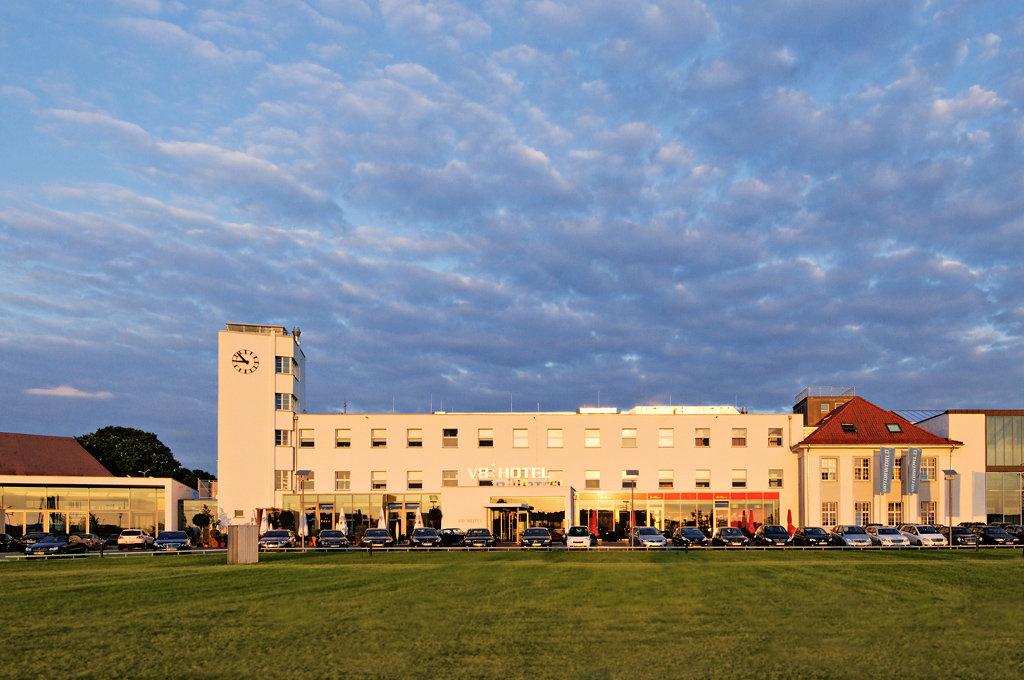 Mercure Hotel Stuttgart Boeblingen-exterior<br/>Image from Leonardo