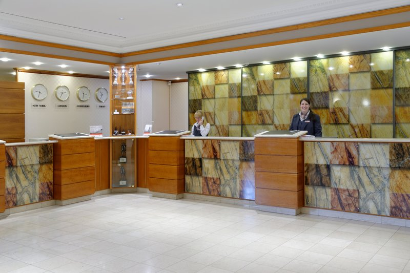 Crowne Plaza Heidelberg City Centre-Our friendly Front Desk staff is looking forward to welcoming you<br/>Image from Leonardo