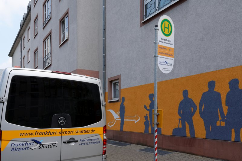 Crowne Plaza Heidelberg City Centre-Shuttle Bus operating door to door from and to Frankfurt Airport<br/>Image from Leonardo