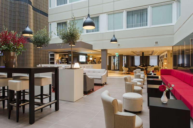 Holiday Inn Express The Hague - Parliament-Hotel Lobby<br/>Image from Leonardo