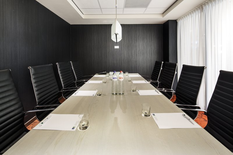 Holiday Inn Express The Hague - Parliament-Meeting Room<br/>Image from Leonardo
