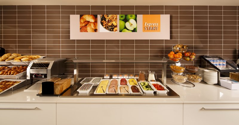 Holiday Inn Express The Hague - Parliament-Your Continental Breakfast!<br/>Image from Leonardo