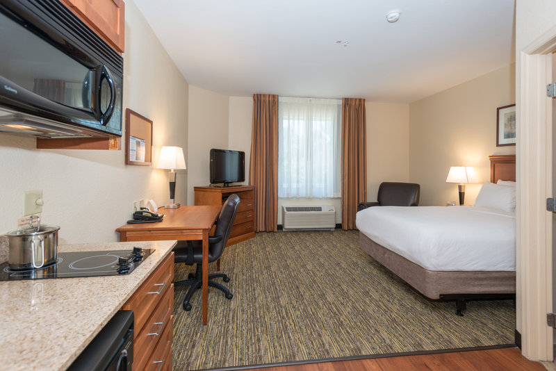 Candlewood Suites Mobile-Downtown-This spacious studio suite has work space, kitchen and great feel<br/>Image from Leonardo