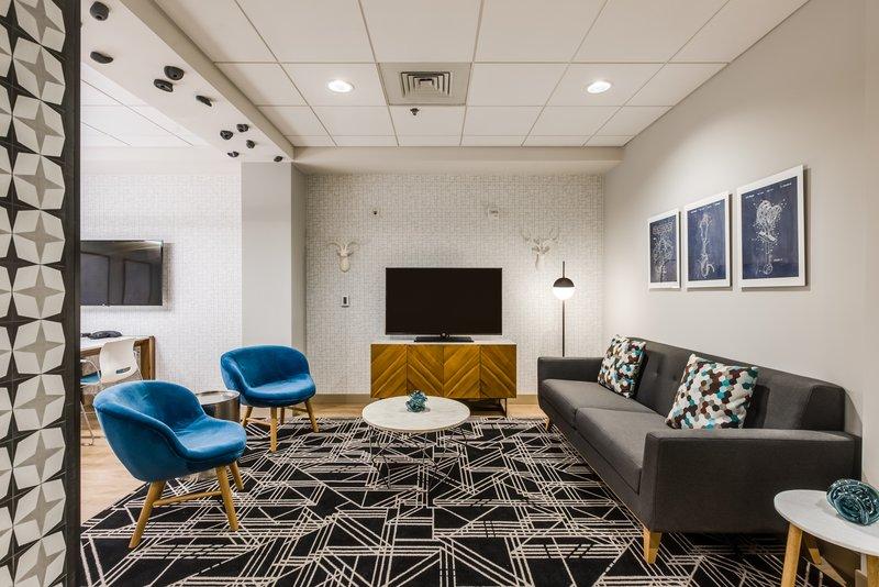 Crowne Plaza Downtown Denver-Meeting Room<br/>Image from Leonardo