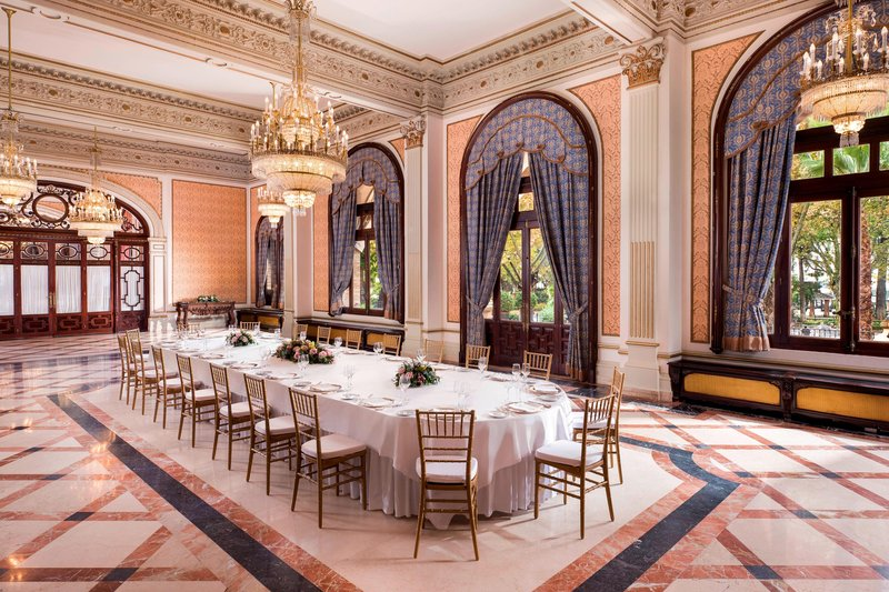 Hotel Alfonso XIII; a Luxury Collection Hotel Seville-Híspalis Meeting Room<br/>Image from Leonardo