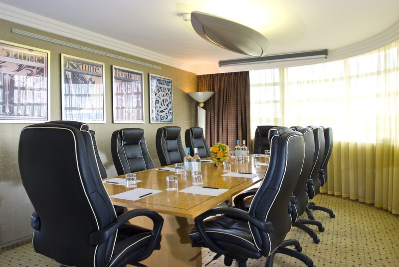 Crowne Plaza Liverpool John Lennon Airport-Executive boardroom on our executive floor<br/>Image from Leonardo