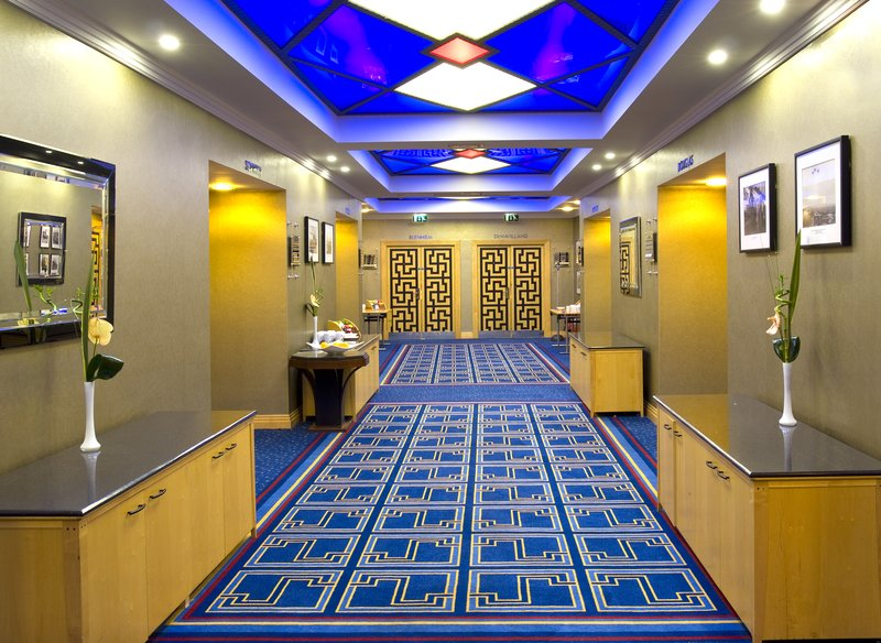 Crowne Plaza Liverpool John Lennon Airport-Conference Corridor<br/>Image from Leonardo