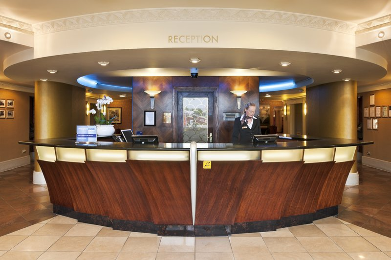 Crowne Plaza Liverpool John Lennon Airport-Front Desk<br/>Image from Leonardo