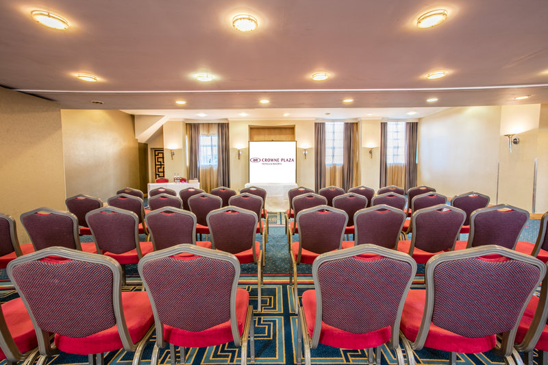 Crowne Plaza Liverpool John Lennon Airport-Blenhiem Dehavilland Room<br/>Image from Leonardo