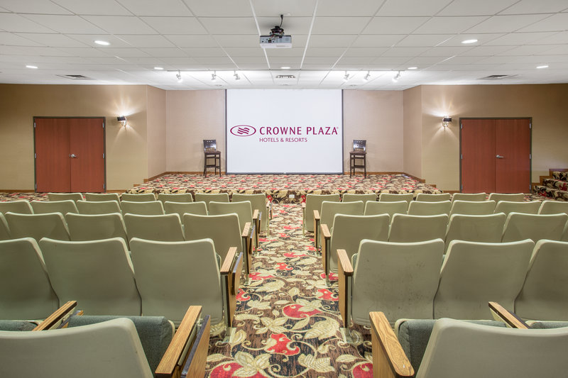 Crowne Plaza Milwaukee Airport-Aviation Room<br/>Image from Leonardo