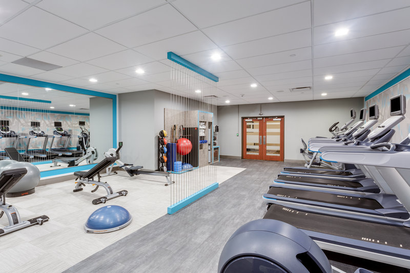 Crowne Plaza Milwaukee Airport-Fitness Center <br/>Image from Leonardo
