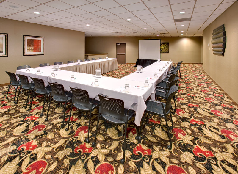 Crowne Plaza Milwaukee Airport-Mtg Rm at the Crowne Plaza, a Milwaukee Wisconsin Airport Hotel<br/>Image from Leonardo