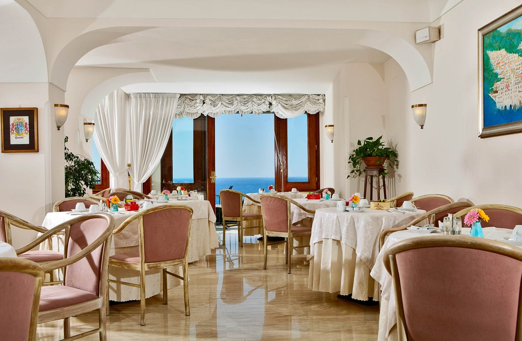 Eden Roc Positano-Breakfast Room<br/>Image from Leonardo