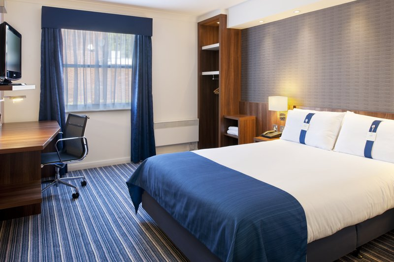 Holiday Inn Express Leeds East-Holiday Inn Express Leeds-East Double Bed Guest Room<br/>Image from Leonardo
