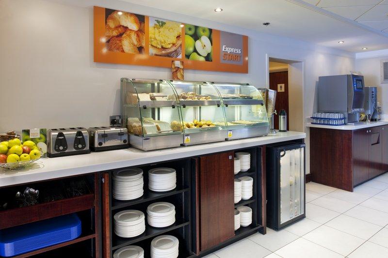 Holiday Inn Express Leeds East-Holiday Inn Express Leeds-East Breakfast Buffet<br/>Image from Leonardo