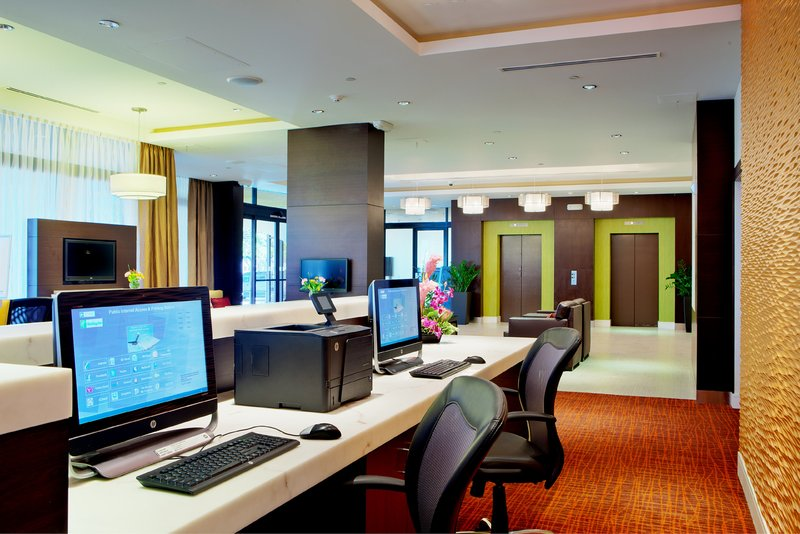 Holiday Inn Long Beach Downtown Area-Our 24hr business center keeps you connected while you travel<br/>Image from Leonardo