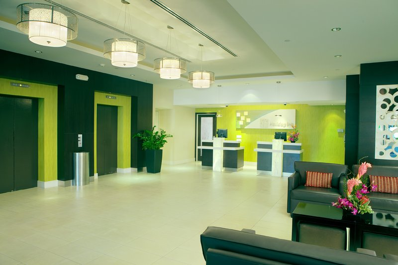 Holiday Inn Long Beach Downtown Area-Welcome to our warm and cozy lobby area<br/>Image from Leonardo