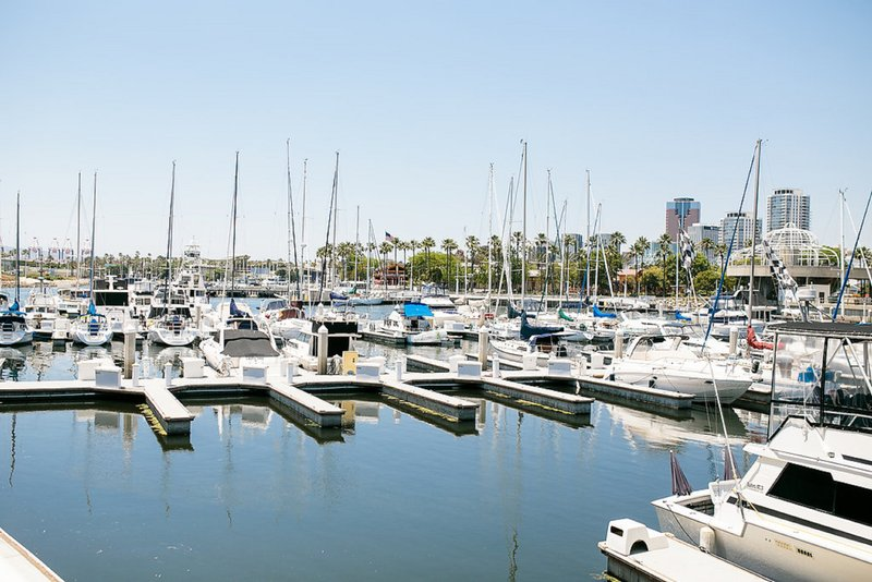 Holiday Inn Long Beach Downtown Area-Rent a boat or take a fishing to tour to enjoy the Pacific Ocean<br/>Image from Leonardo