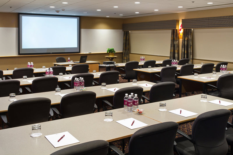 Crowne Plaza Minneapolis West-Meeting room<br/>Image from Leonardo