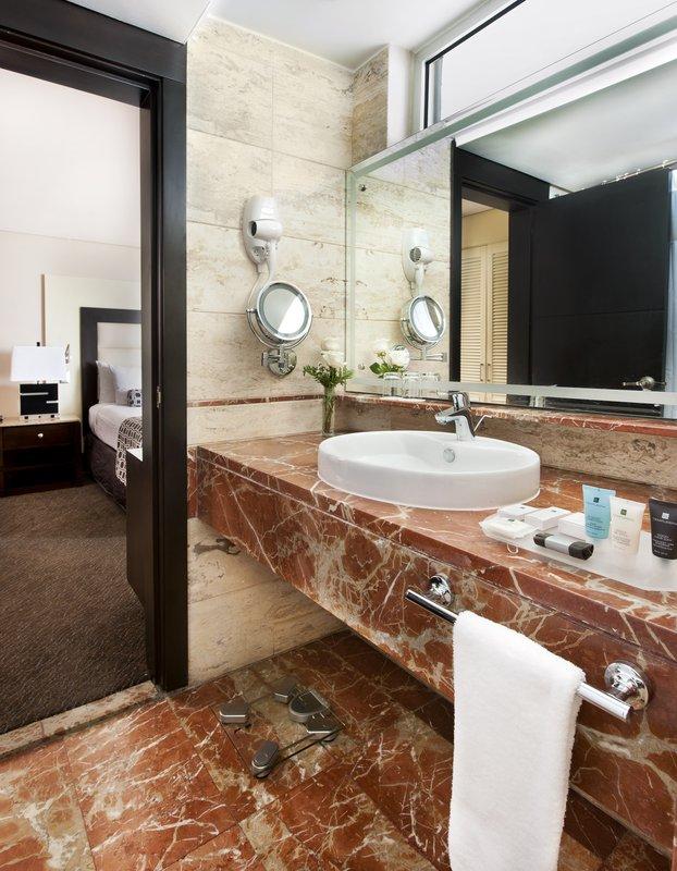 Crowne Plaza Santo Domingo-Guest Bathroom<br/>Image from Leonardo