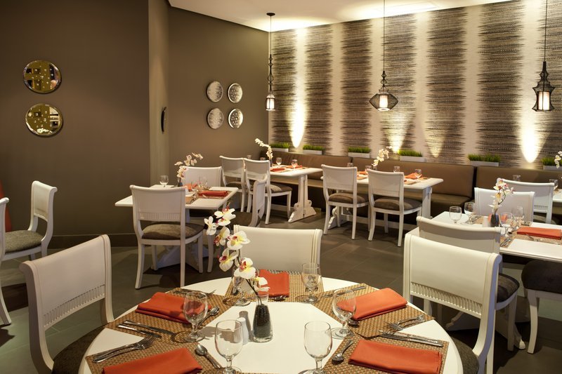 Crowne Plaza Santo Domingo-Restaurant Nabu<br/>Image from Leonardo