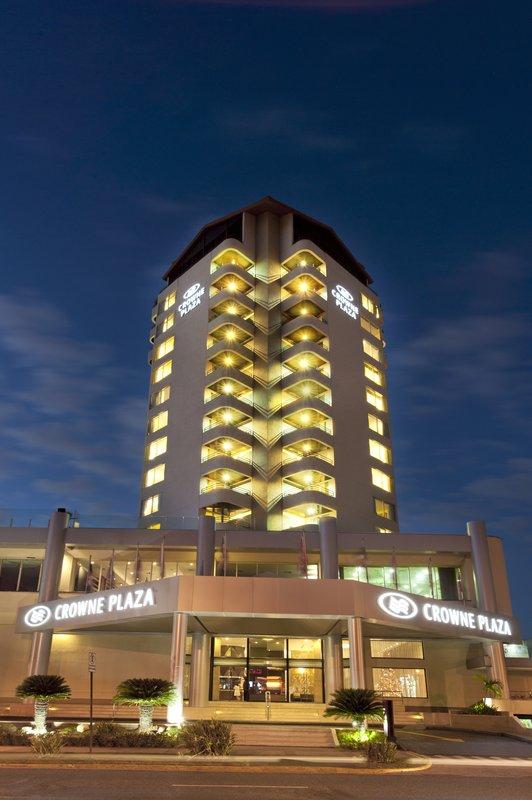 Crowne Plaza Santo Domingo-Hotel Exterior - Night View 2<br/>Image from Leonardo