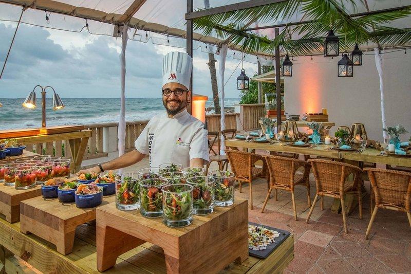 Marriott San Juan Resort - Ocean Terrace Food <br/>Image from Leonardo