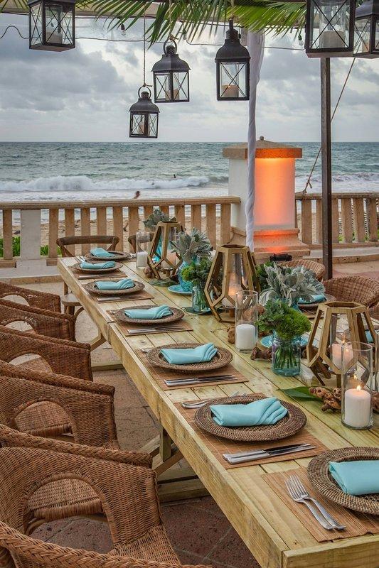 Marriott San Juan Resort - Ocean Terrace Table Setup <br/>Image from Leonardo