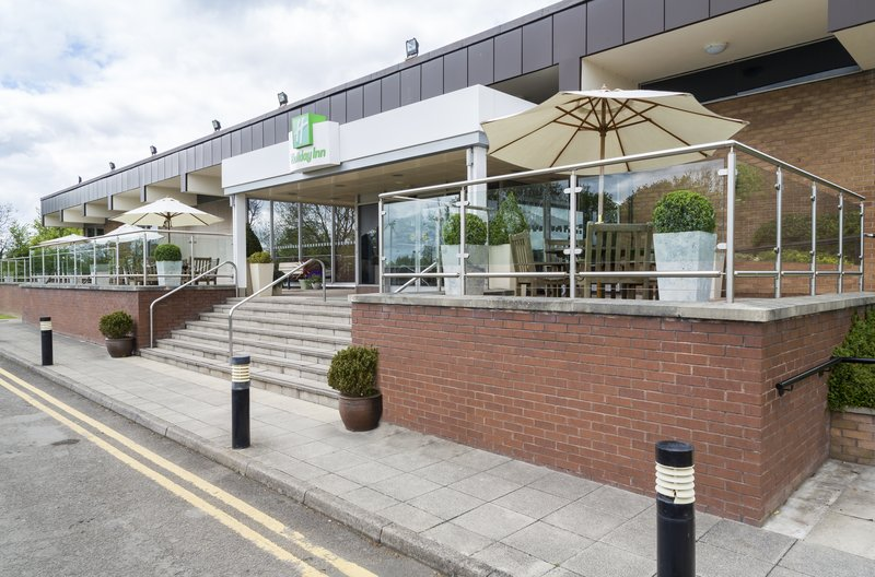 Holiday Inn Rugby-Northampton M1, Jct.18-Hotel Exterior Daytime<br/>Image from Leonardo
