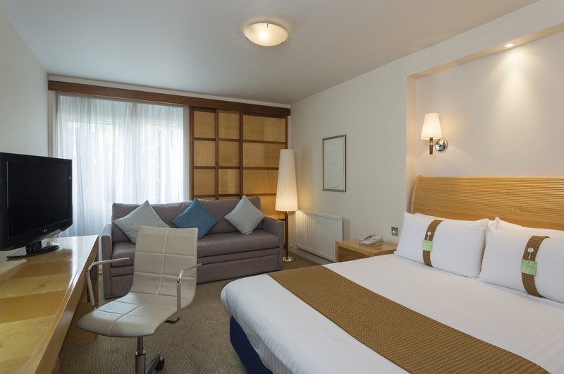 Holiday Inn Rugby-Northampton M1, Jct.18-Comfortable One Double Nonsmoking Executive Room with Sofa Bed<br/>Image from Leonardo