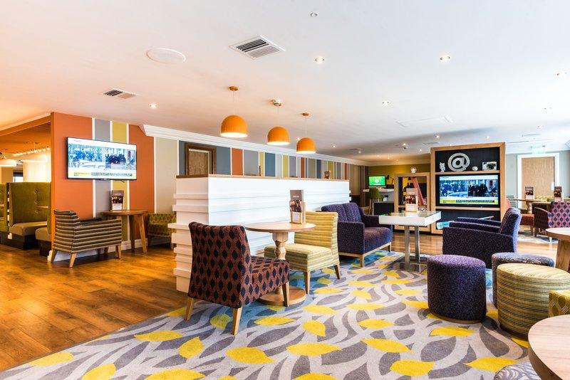 Holiday Inn Chester South Hotel-Lobby Bar<br/>Image from Leonardo