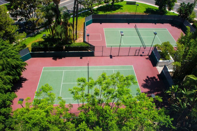 Renaissance Newport Beach Hotel-Tennis Courts<br/>Image from Leonardo