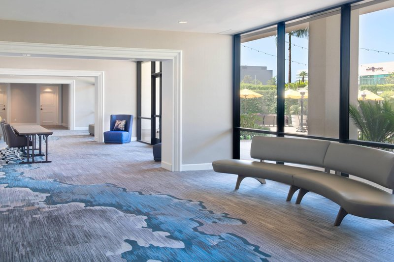 Renaissance Newport Beach Hotel-Bay Laurel Foyer<br/>Image from Leonardo