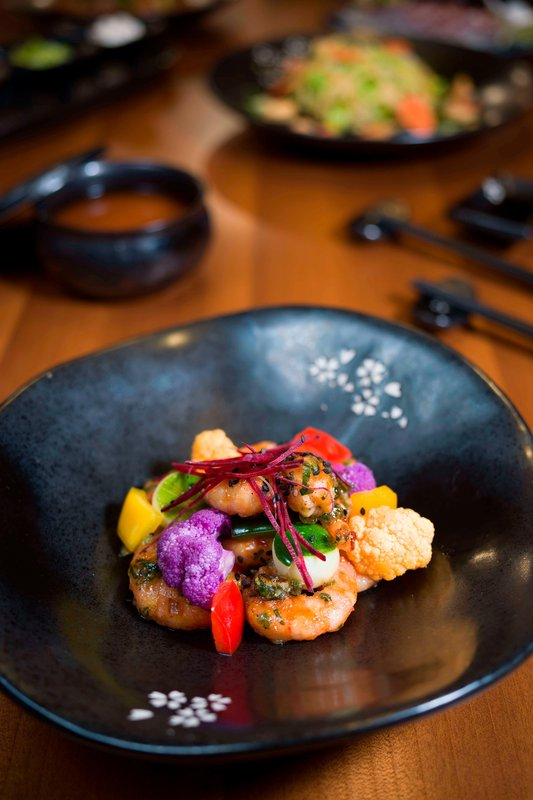 St Regis Resort Bora Bora - Bam Boo Restaurant - Sichuan-Style Prawns Wok <br/>Image from Leonardo